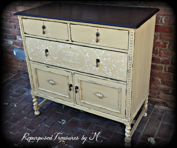 sold sold painted buffet painted shabby chic buffet. Black Bedroom Furniture Sets. Home Design Ideas