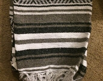 Grey mexican blanket+Hat pin combo
