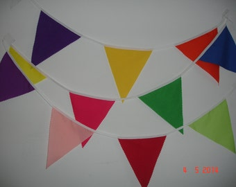 Carnival / party / festival / fete 30ft colourful fabric bunting