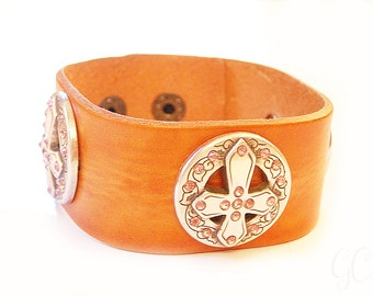 Western leather cuffs ~ shabby chic, boho, bridesmaid gifts, maid of honor, bridal jewelry, unique gift ideas, country western!