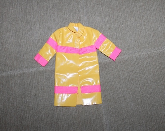 Official Barbies' Rain Coat (tag), Rain Protective Gear, Rain Coat, Barbies' Clothing, Coats, Raining, Collectible, Pretend Play, Fun Toys
