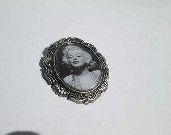 Clip art Cameo Brooch /Marilyn Monroe / Item A357
