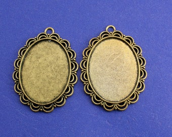 2, 5 or 10- 40x30mm Lace Edge Setting, Antiqued Gold Setting, 30 mm x 40 mm Cameo Setting - AG-B44200-8S