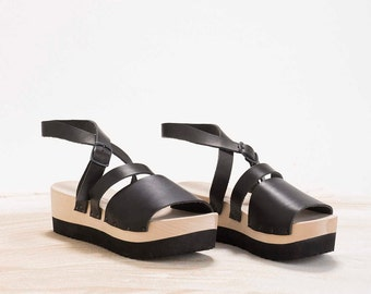 Black clogs sandals; Summer leather sandals; Wooden clogs Hand made