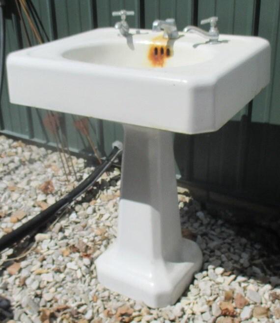 Kitchen Sink Paint Porcelain Sink Cast Iron White Paint: Pedestal Sink Vintage Bathroom Porcelain Over Cast Iron