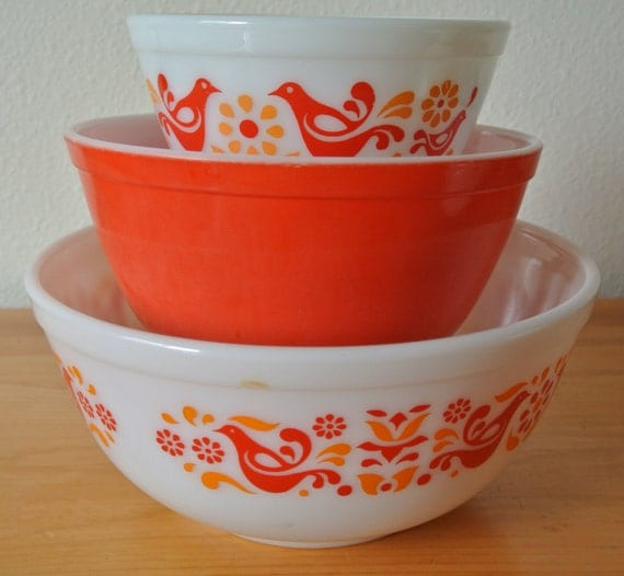 Pyrex Friendship Pattern Mixing Bowls Set Of 3 Nesting Pyrex