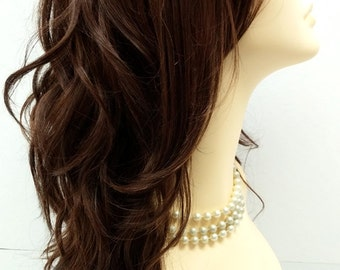 Long 18 inch Medium Brown Light Copper Highlights Wavy Wig with Premium Heat Resistant Fiber. [30-177-Monday-4/27/30]