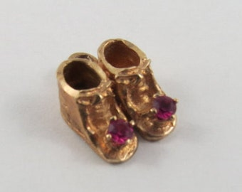 Baby Booties With Pink Stones 10K Gold Vintage Charm For Bracelet