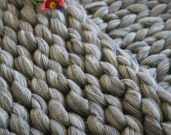 Super Chunky Knit Blanket Merino Wool Blanket Throw Blanket Sofa Throw Cozy Blanket Huge Gray Blanket Home Decor Giant Knitting Bedding Gift