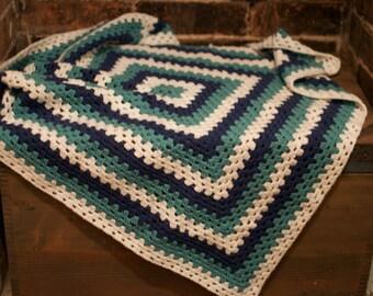 Medium handmade 100% merino wool blanket - Green, White and Blue