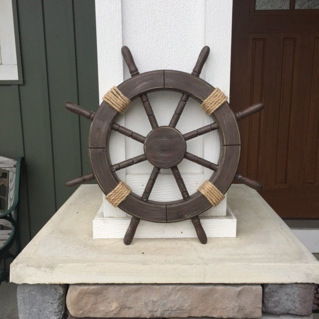 Nautical Wheel Decor: 18 Rustic Wooden Nautical Ship Wheel Decorative