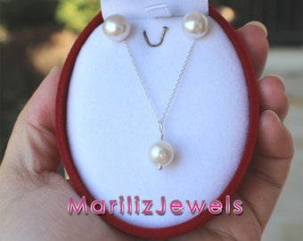 Jewelery set with freshwater pearls and silver 925, white pearls size 8-9 mm, pendant and earrings, handmade