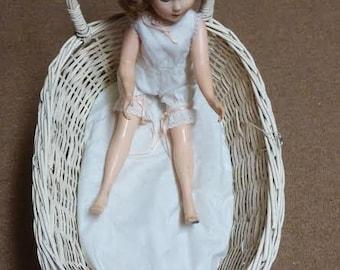 Vintage Rattan Wicker Doll Buggy Carriage Pram Creamy White