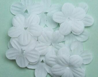30pcs 23mm White Fabric Flower