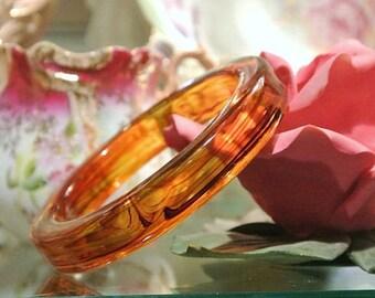 Vintage Lucite Bangle Tortoise Shell 1950s 50s Mid Century Bangle Bracelet Marbled Swirled Translucent Transparent Honey Amber Rootbeer BOHO