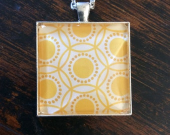35mm Yellow Square Glass Dome Necklace