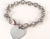 Vintage Silver Chain Bracelet with Heart Charm - Bright Shiny Silver - Simple, Versatile, Sleek, Minimal, Classic - Smooth Oval Links