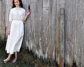 White Linen Skirt With Crochet Hem 28 Inch Waist