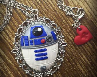 R2D2 Cameo Necklace