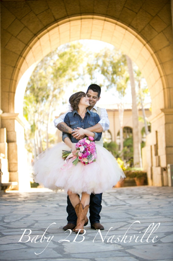 Blush Wedding Skirt Wedding Tutu Tulle Skirt Wedding Dress Tulle Bridal Skirt Tulle Wedding Skirt Bridal Tutu Cowgirl Wedding Skirt Costume