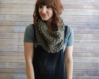 The Carolina + Chunky Knit Cowl + Made to Order