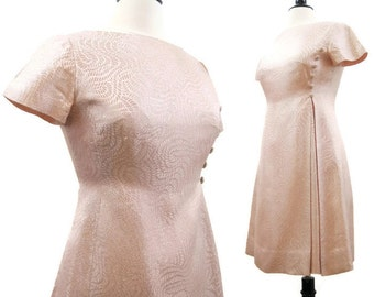 Vintage 60s Dress Pink Gold Brocade Mod Mini Cocktail Party M