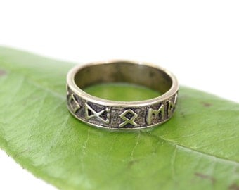 Viking Rune Ring in Solid Bronze Size Nine 460