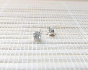 Aquamarine Single Stud Sterling Silver March Birthstone 3mm