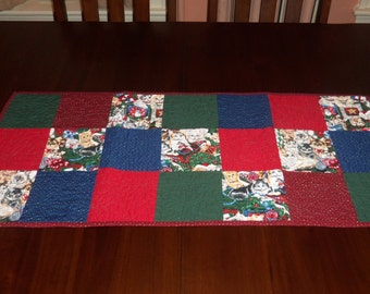 Handmade, Quilted Table Runner, Christmas, Kitty Table Topper, Sale Priced, 16 x 37 Inches, Machine Quilted. Holiday, Dining Table Decor