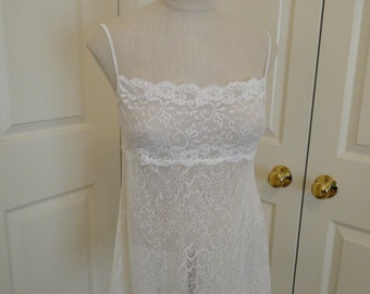 Vintage IVORY Goddess soft fishnet lacey short babydoll nightgown Bridal wedding honeymoon lingerie size Medium