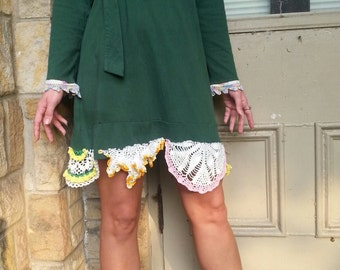 upcycled forest green cotton dress medium large vintage doilies