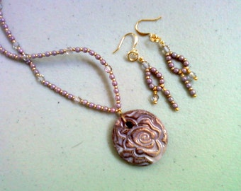 Lavender Neckace with Rose Pendant and matching Earrings (0202)