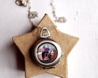NYC Subway Photo Jewelry Locket, New York City Photo Pendant, 7 Train Queens Photo Necklace