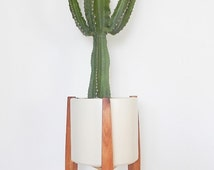 SOLD OUT Modern Plant Stand / TRIPOD / Mid Century Style /