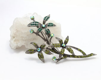Beautiful Swarovski Crystal Green Flower with Branches Brooch
