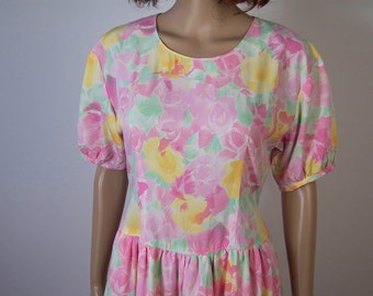 WoozWass Vintage 1970s Japanese Pink Water Color Floral Puffy Dress with belt Sz M,M-L