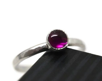 Simple Ruby Ring, Minimalist Jewelry, Engagement Ring, Hammered Silver Ring, Synthetic Ruby Jewelry