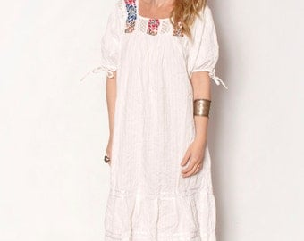 Vintage White Embroidered Mexican Dress, Ethnic Lace Dress