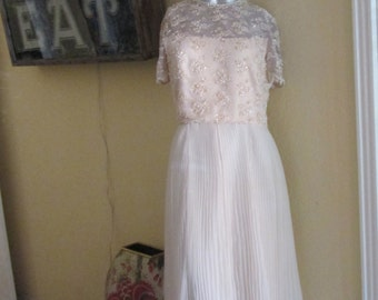 Vintage Gown / Mother Of The Bride Groom / Ivory Pearls Paillettes Gown / Jack Bryan Size 10