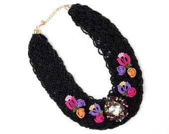 Necklace-Bohemian Black Seed Bead Beadwork Statement Necklace,Handmade Crochet Roses Flowers Jewelry,Swarovski Elements