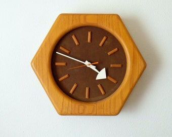 Mid Century Modern Wall Clock - George Nelson for Howard Miller  Rare MCM Hexagon with Exaggerated Hands