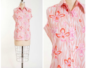 Late 1960s Vintage Blouse Pink Red Floral Iris Print Vintage 60s Sleeveless Shirt Size Medium