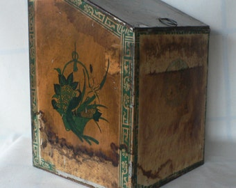vintage general store tin, Japanese, hinged lid, great patina, from Diz has Neat Stuff