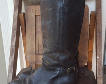 STRUT   ///    Leather 70s Boots