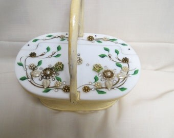 Sale Vintage Lucite and Wood Purse Rhinestones Flowers Floral Faux Pearls Rattan Hand Painted Yellow Gold Lame