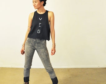Vegan Shirt: Ladies Charcoal Cut Off T-Shirt