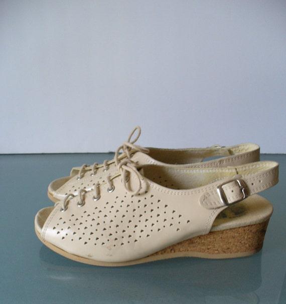 original worishofer footprint shoes made in w germany size 38. Black Bedroom Furniture Sets. Home Design Ideas