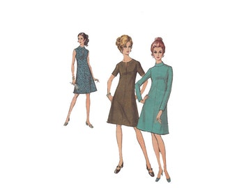 1970s Flared Shift Dress Pattern Bust 33 Style 2988 High Raised Collar, Slit at Neck or Keyhole Vintage Sewing Pattern