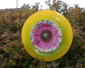 Garden Art Glass Plate Fantasy Flower