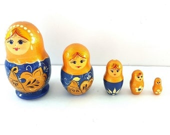 Vintage Russian Nesting Dolls Set of Five - Royal Blue and Mustard Yellow Floral
